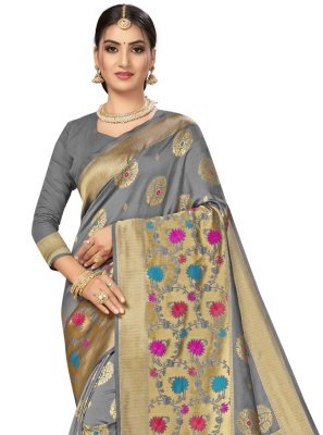 Weaving Banarasi Silk Traditional Saree in Grey