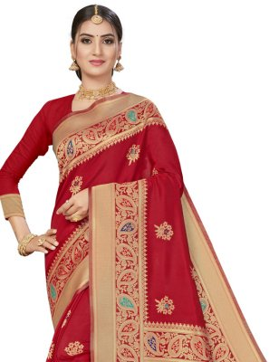 Weaving Banarasi Silk Traditional Saree in Red