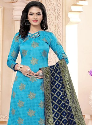 Weaving Churidar Salwar Kameez