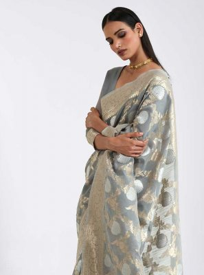 Weaving Grey Linen Classic Saree