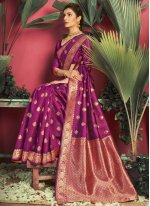 Weaving Jacquard Silk Traditional Saree