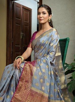Weaving Raw Silk Grey Classic Saree