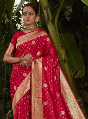 Weaving Red Silk Designer Traditional Saree