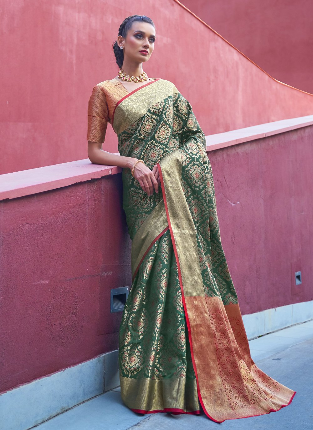 Weaving Silk Green Traditional Designer Saree