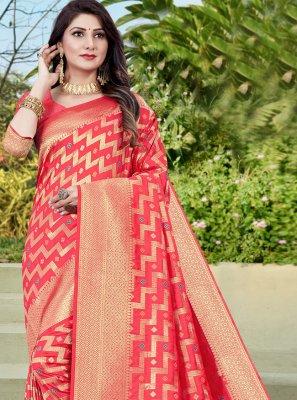 Weaving Traditional Designer Saree