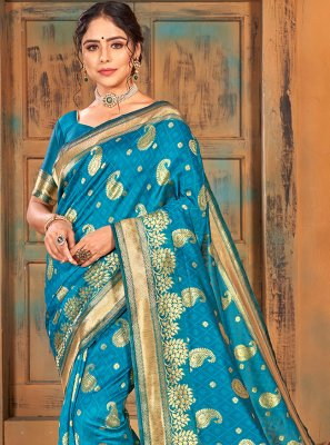 Weaving Turquoise Classic Saree