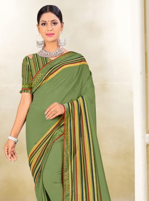 Weight Less Classic Saree in Green
