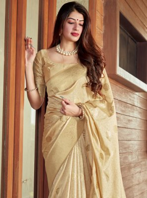 Woven Ceremonial Traditional Saree