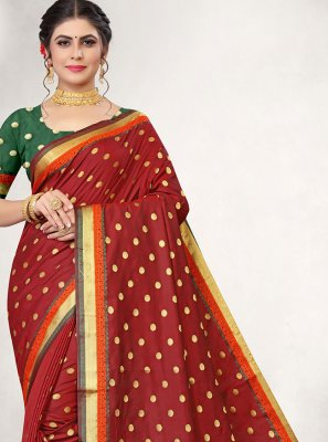 Woven Jacquard Silk Traditional Saree in Maroon